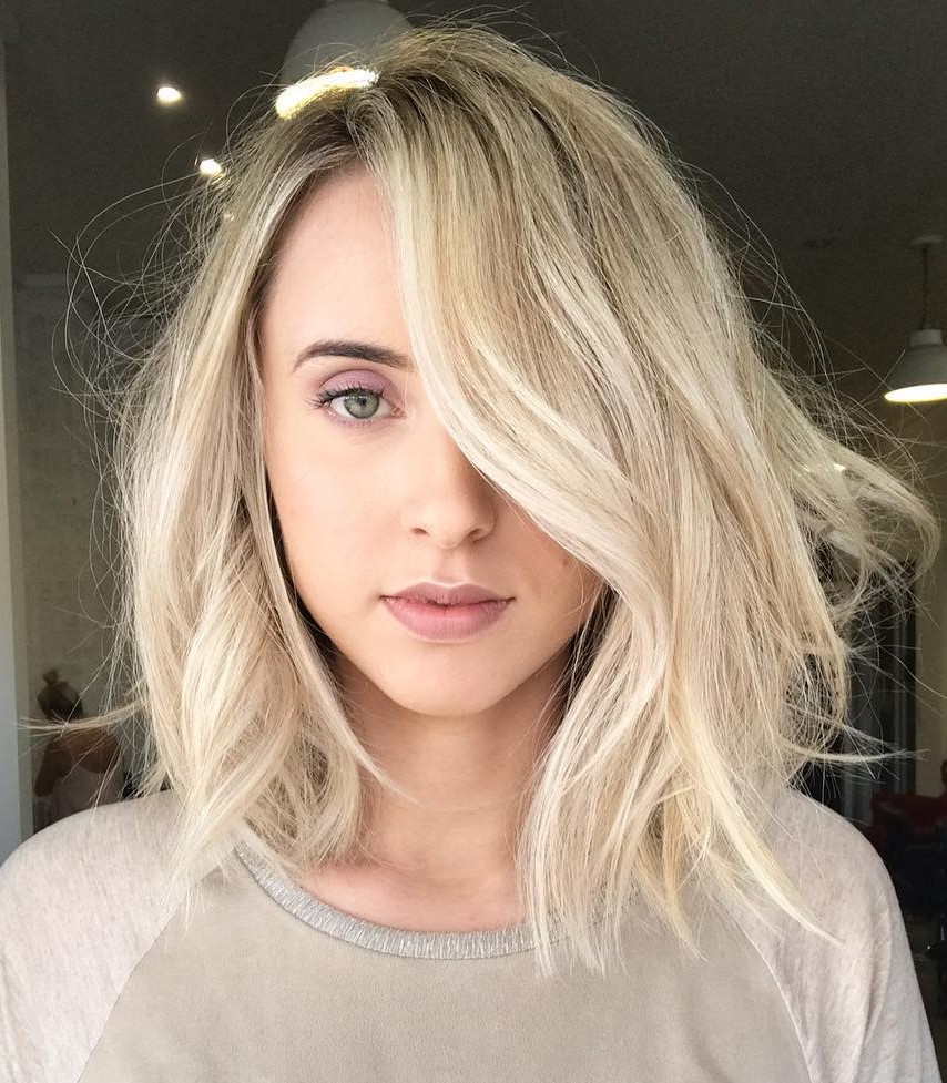 Shaggy Blonde Lob with Highlights