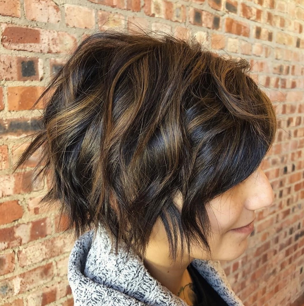 Short Sliced Bob Hairstyle for Thick Wavy Hair