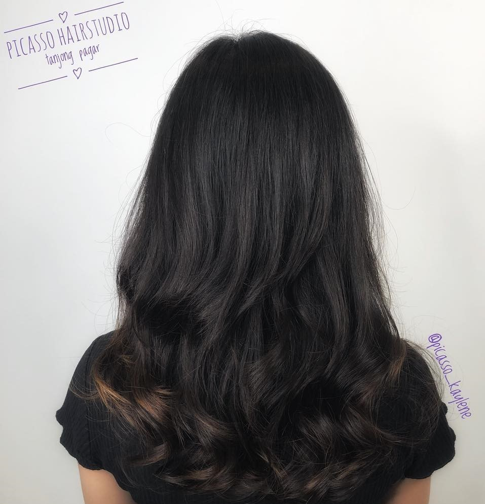 Long Thick Hair with Wavy Digital Perm