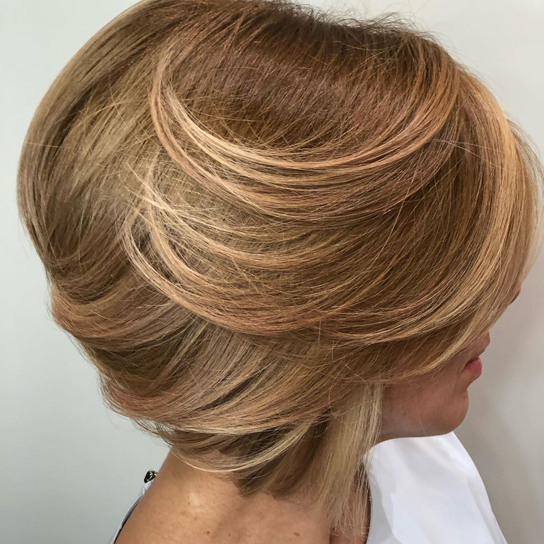 Classic Stacked Bob Blowout