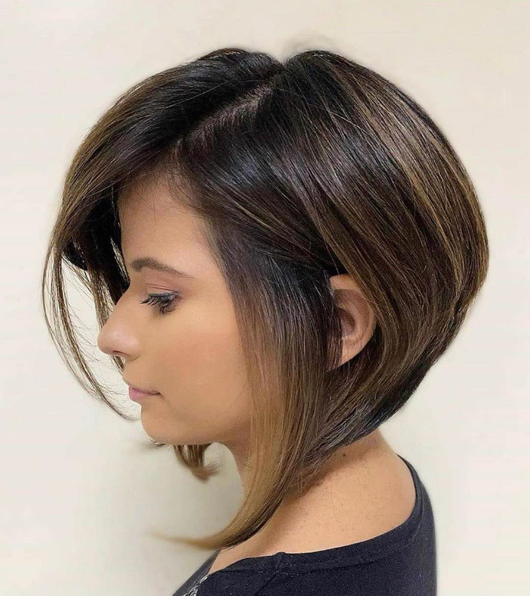 Puffy Stacked Inverted Bob