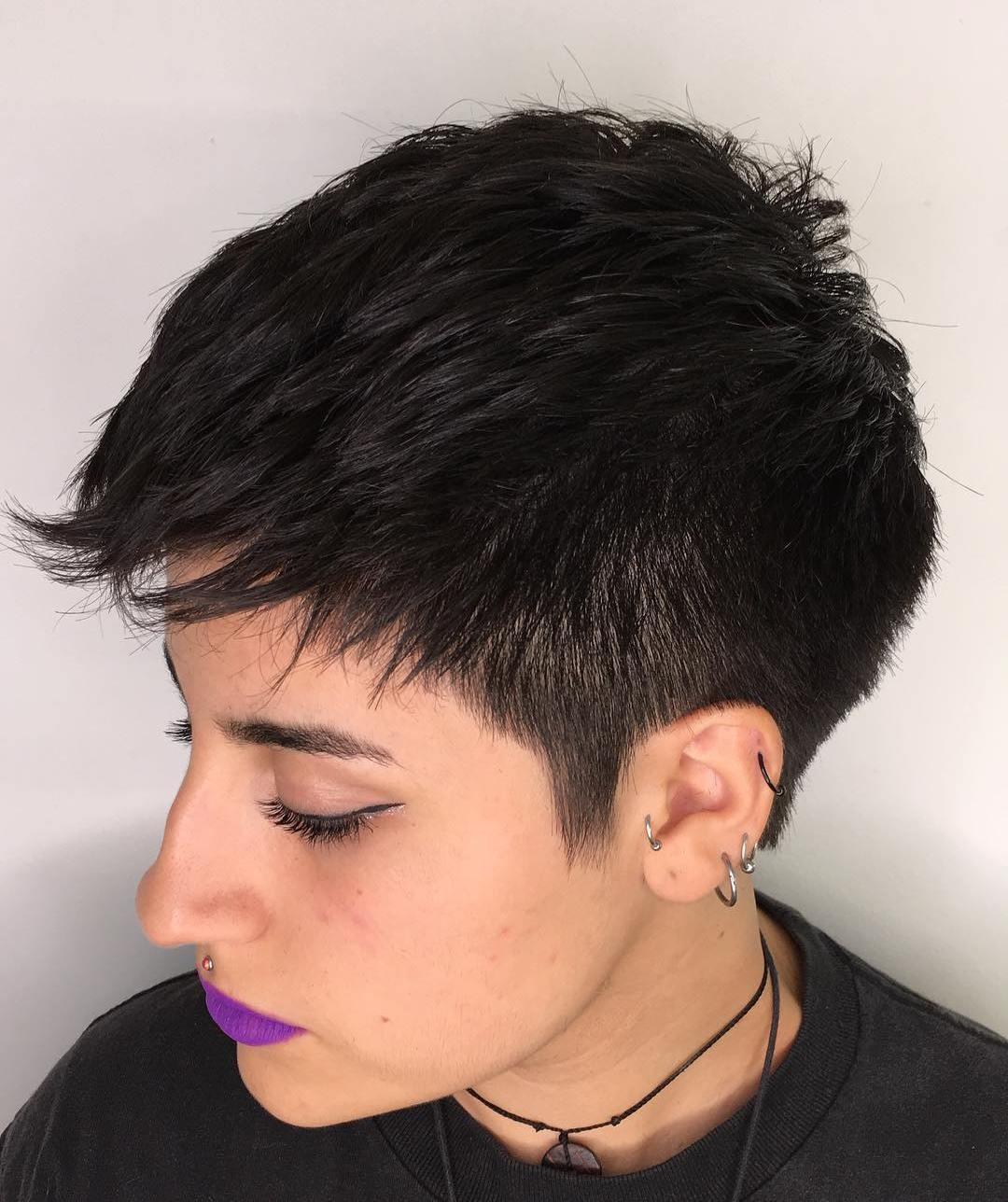 Short Feminine Cut