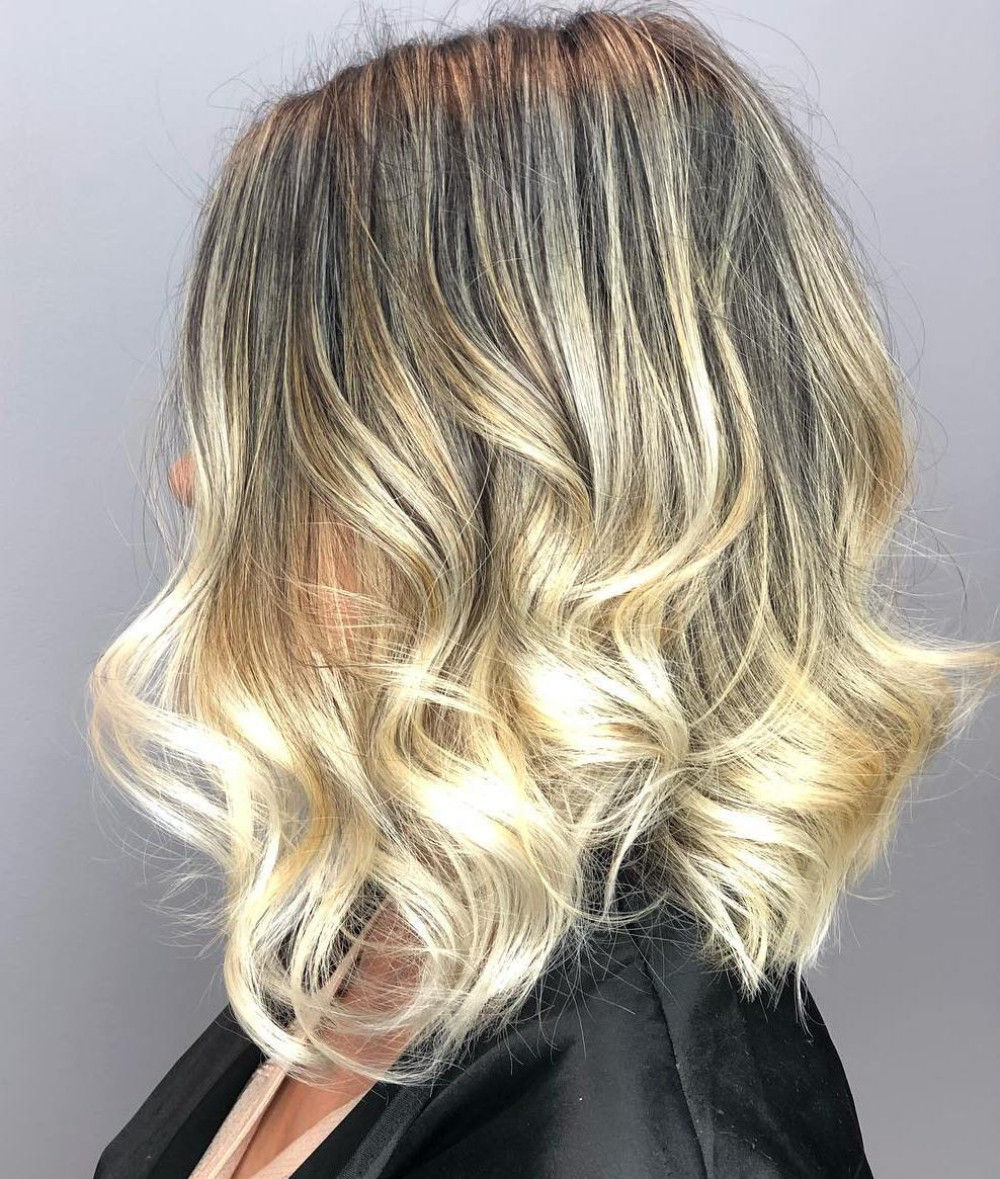 Wavy Bob with Metallic Blonde Highlights