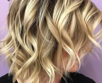 Wavy Piece-y Bob with Blonde Highlights