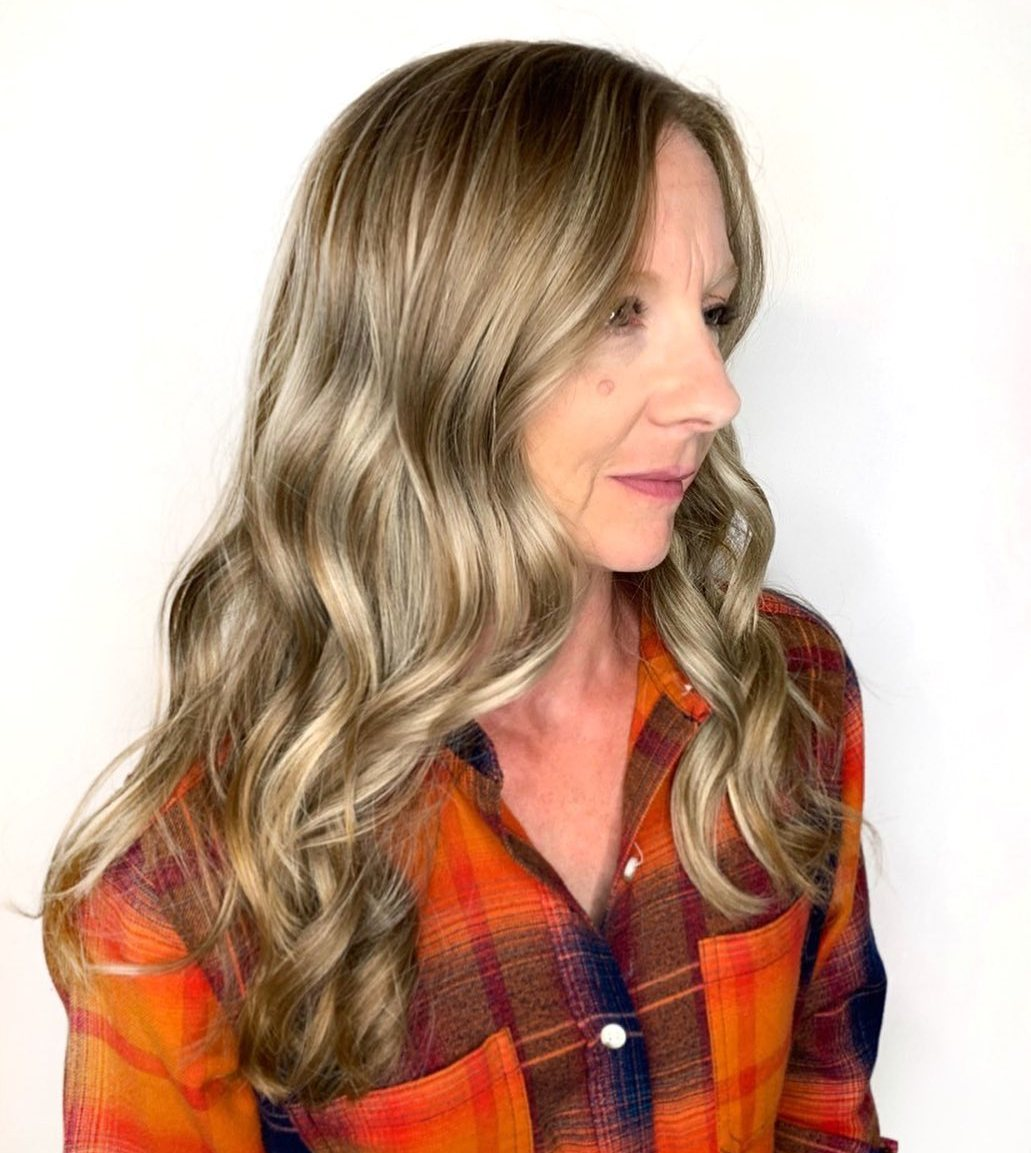 Long Blonde Balayage Hair for a Middle Aged Woman