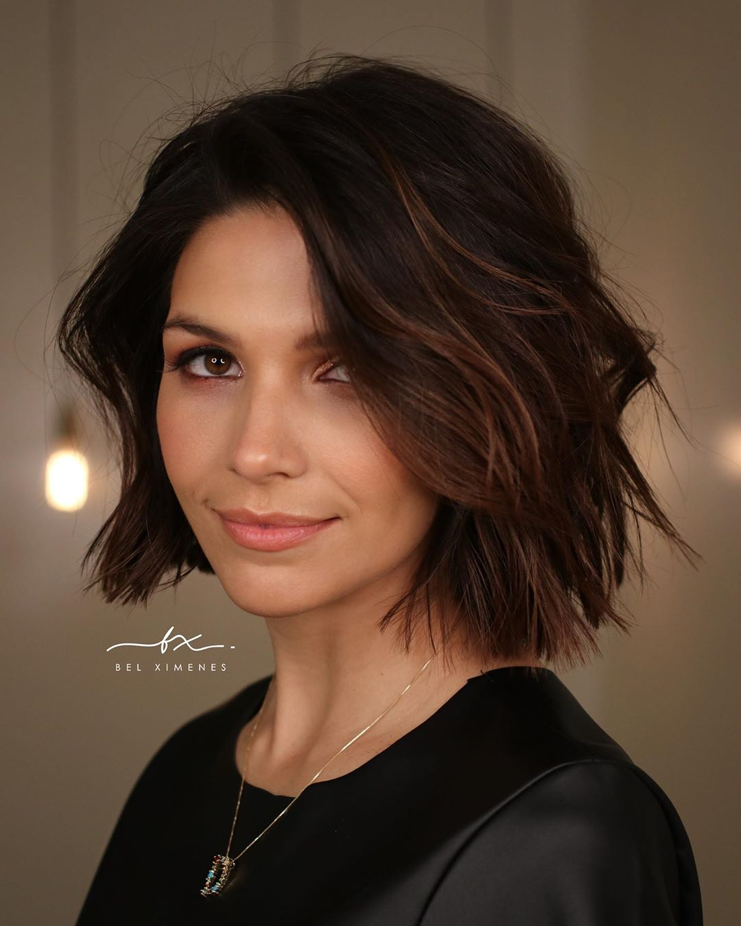 Above-the-Shoulder Wavy Bob