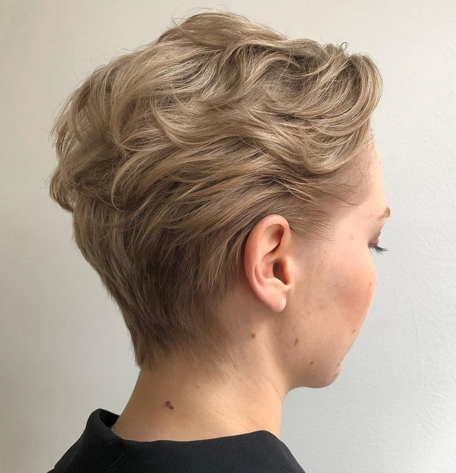 Wavy Pixie Hairstyle for Fine Hair
