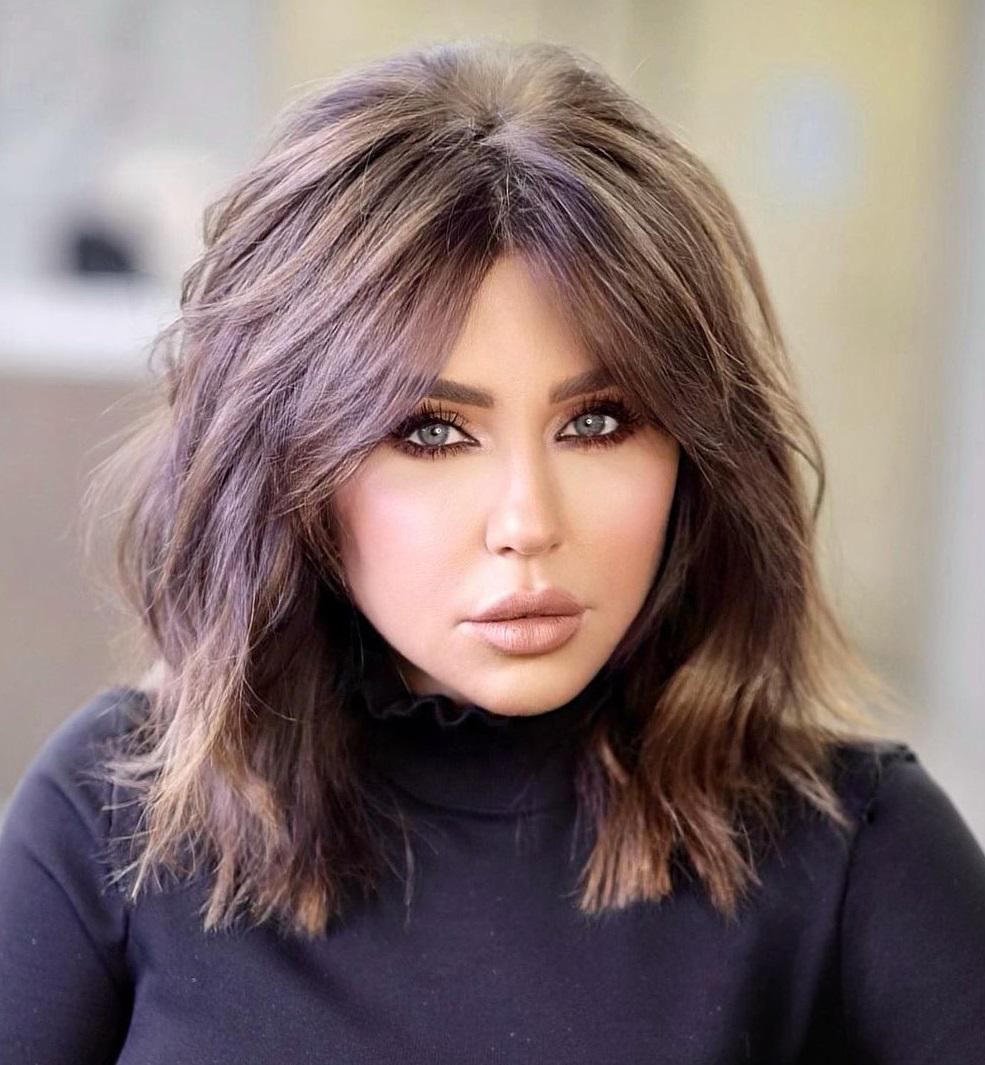Voluminous Lob Haircut for Women