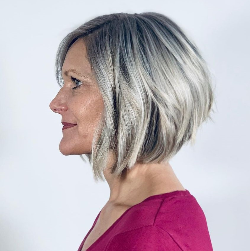 Medium Hairstyle for Women with Gray Hair