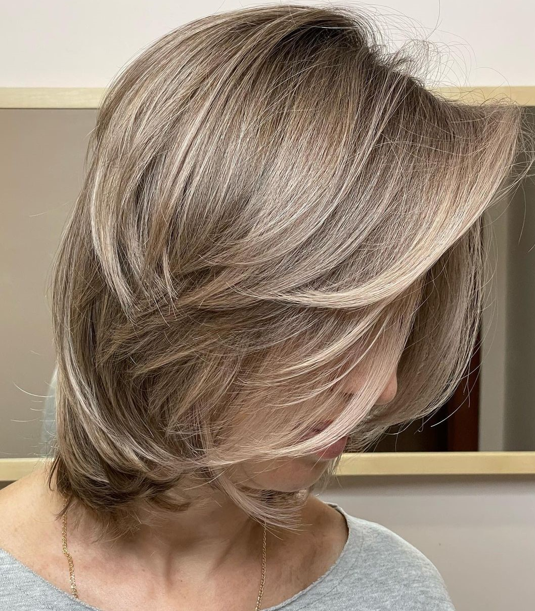 Medium Dynamic Haircut for Women