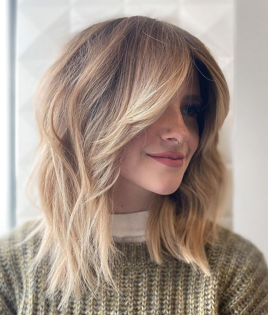 Cute Lob Hairstyle with Feathered Front Layers