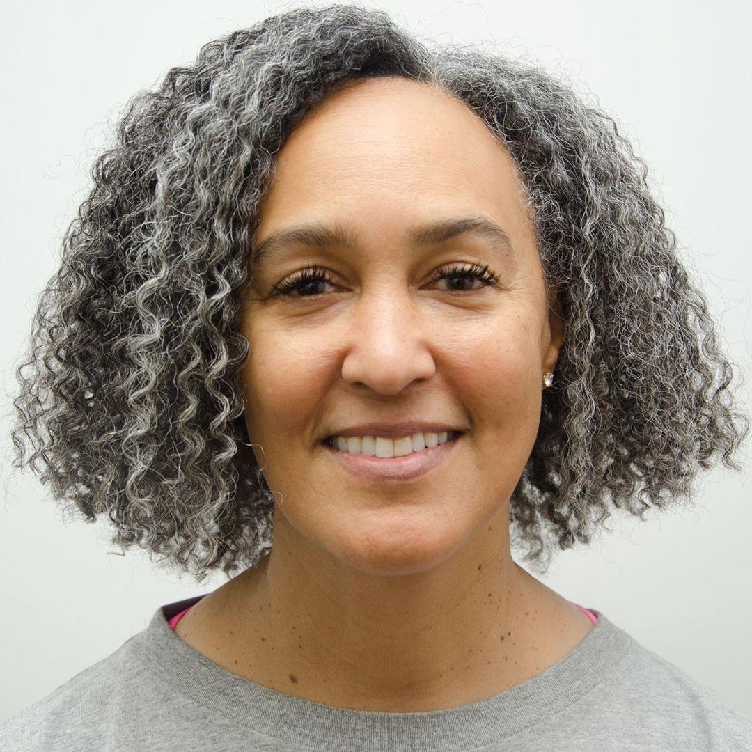 Medium-Length Blunt Cut for Curly Hair