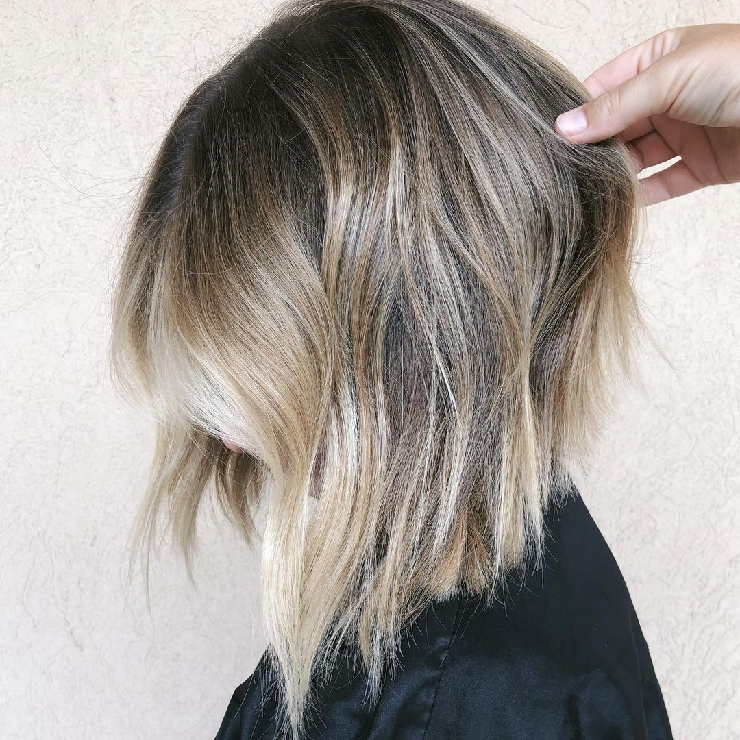 Inverted Bob with Platinum Money Pieces