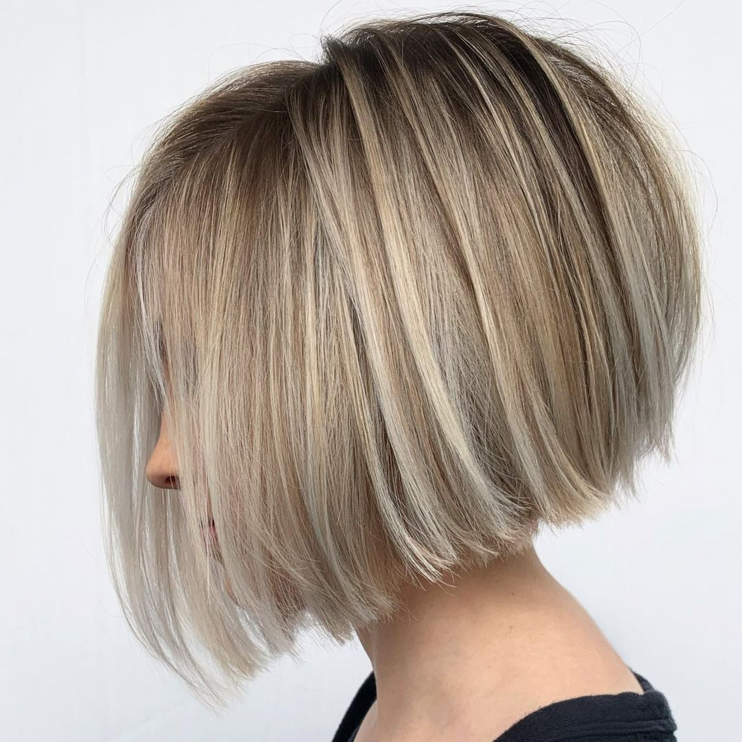 Sophisticated Blunt Bob with Blonde Highlights