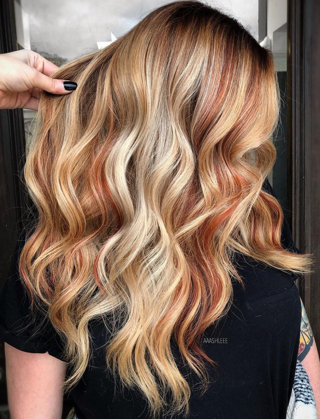 Red Highlights for Caramel Blonde Hair