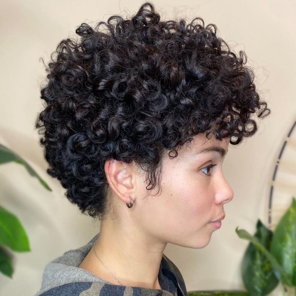 Short Haircut for Thick Curlss