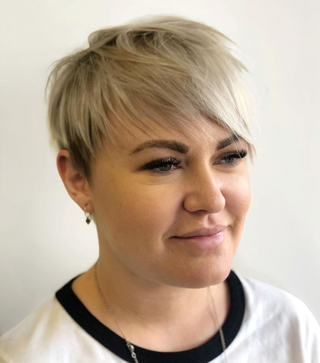 Piece-y Short Hairstyle for Chubby Faces