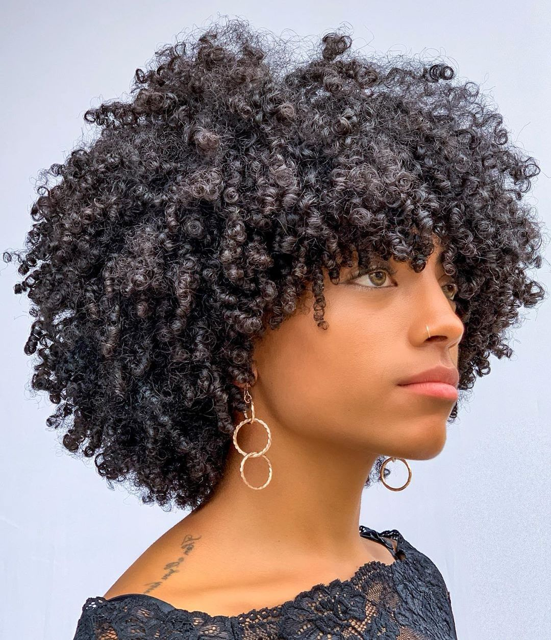 Natural Hairstyle for Short Curly Hair