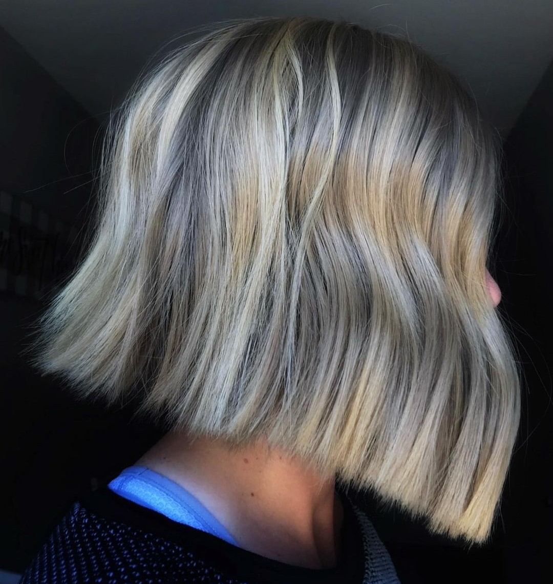 Beige Highlights for Short Platinum Hair