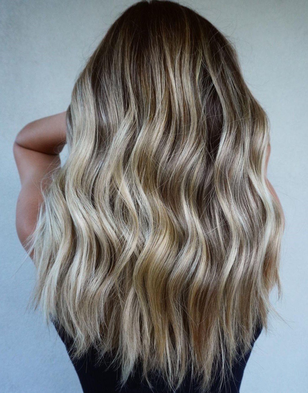 Platinum Highlights for Sun-Kissed Hair