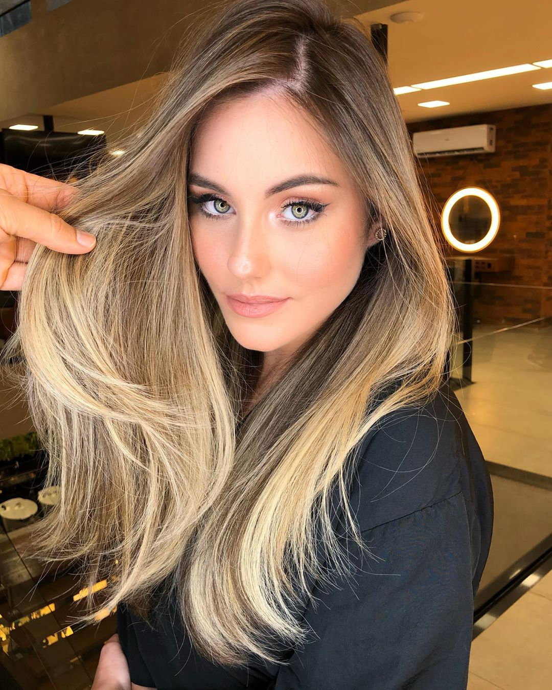 Straight Hair with Blonde Balayage Melt