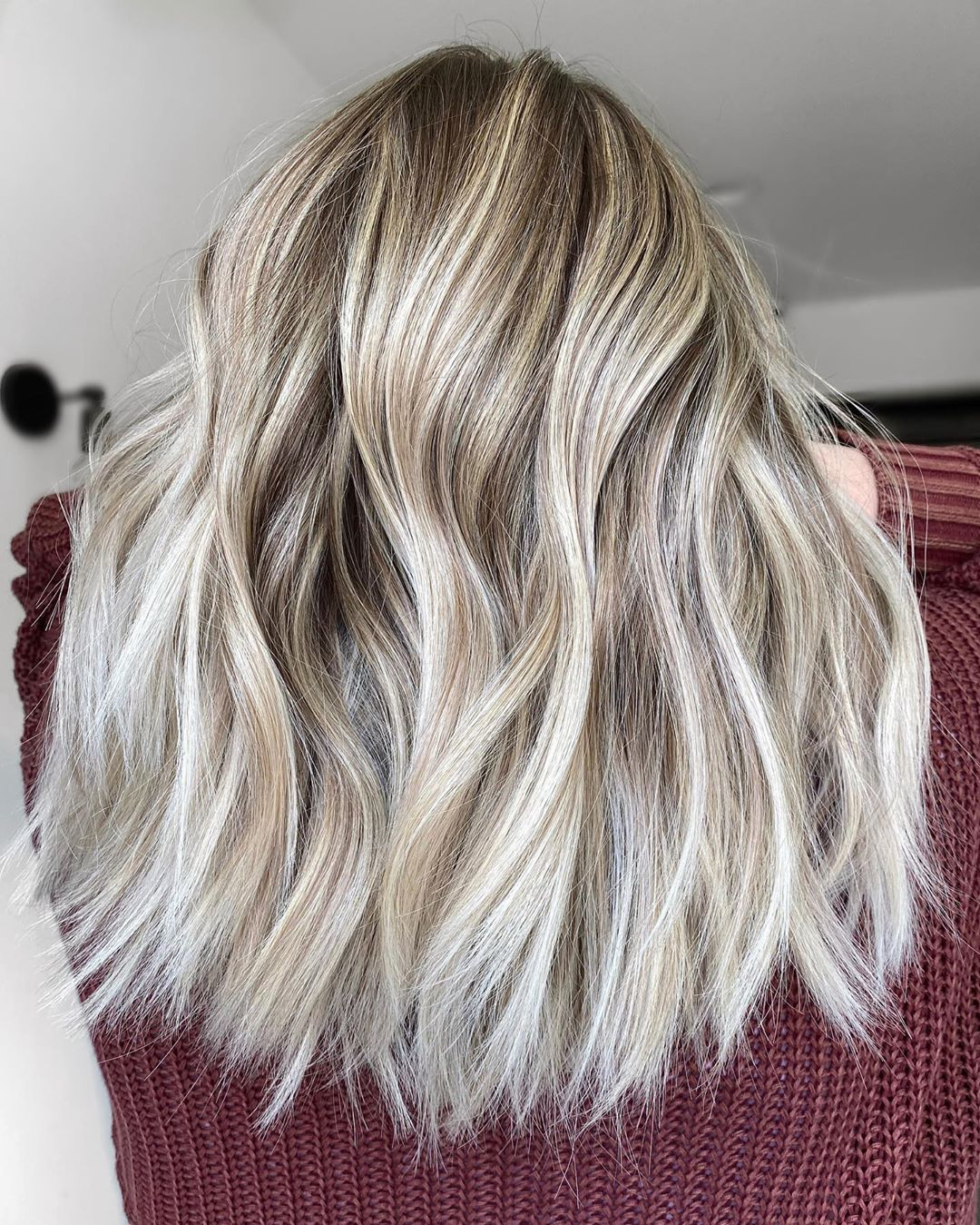 Ash Blonde with Platinum Highlights Hair Ideas