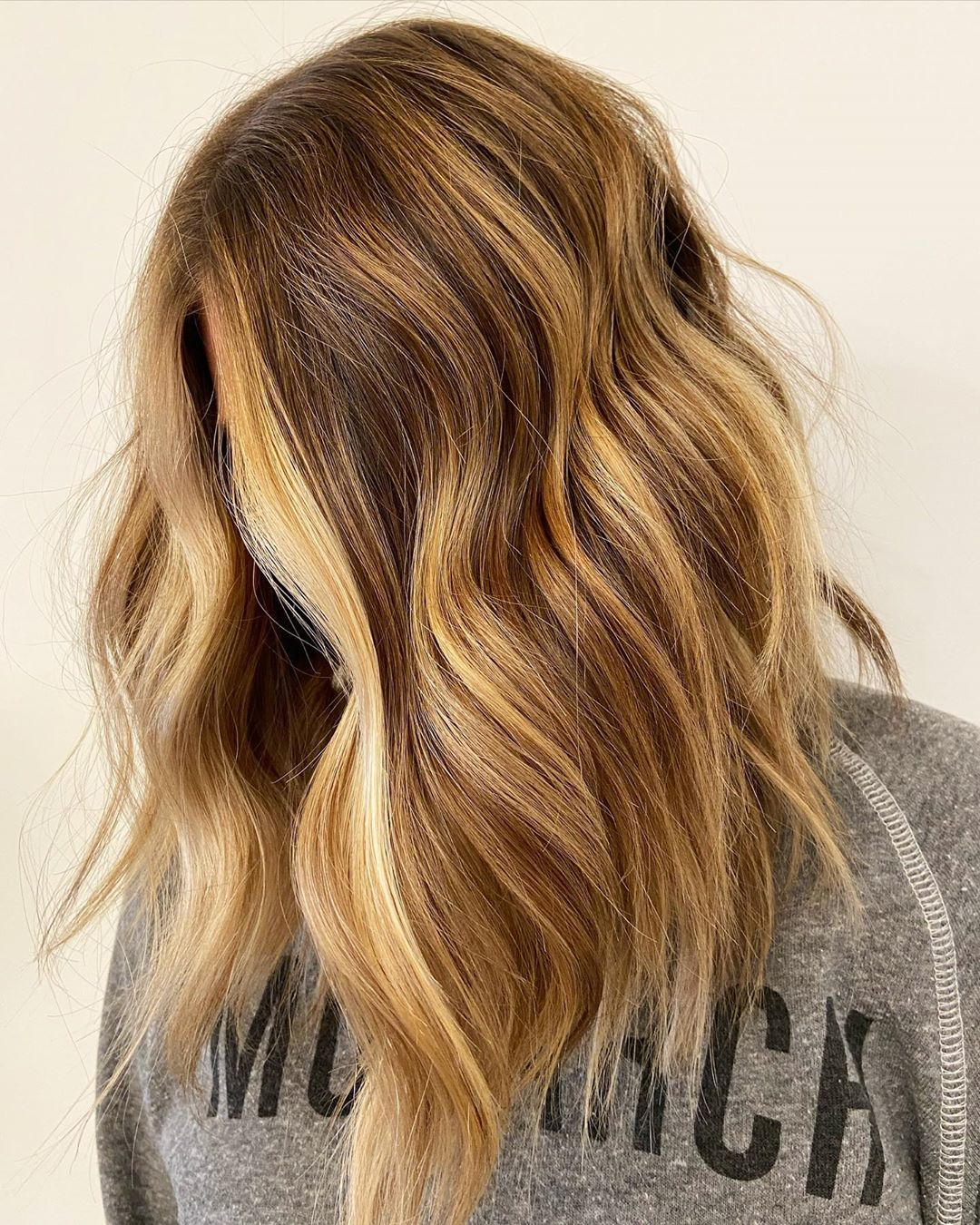 Chunky Light Caramel Highlights