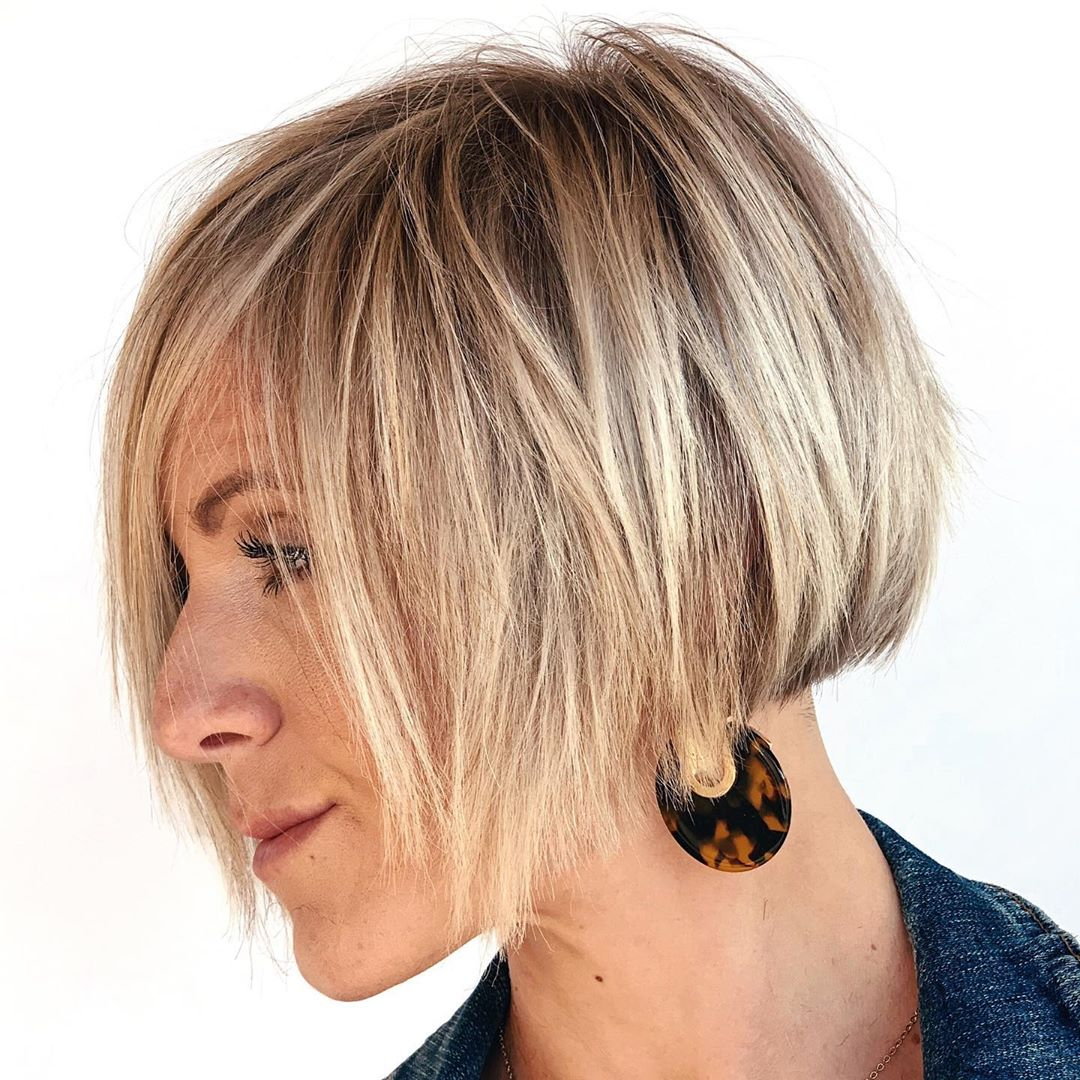 Short Hair with Blonde Balayage