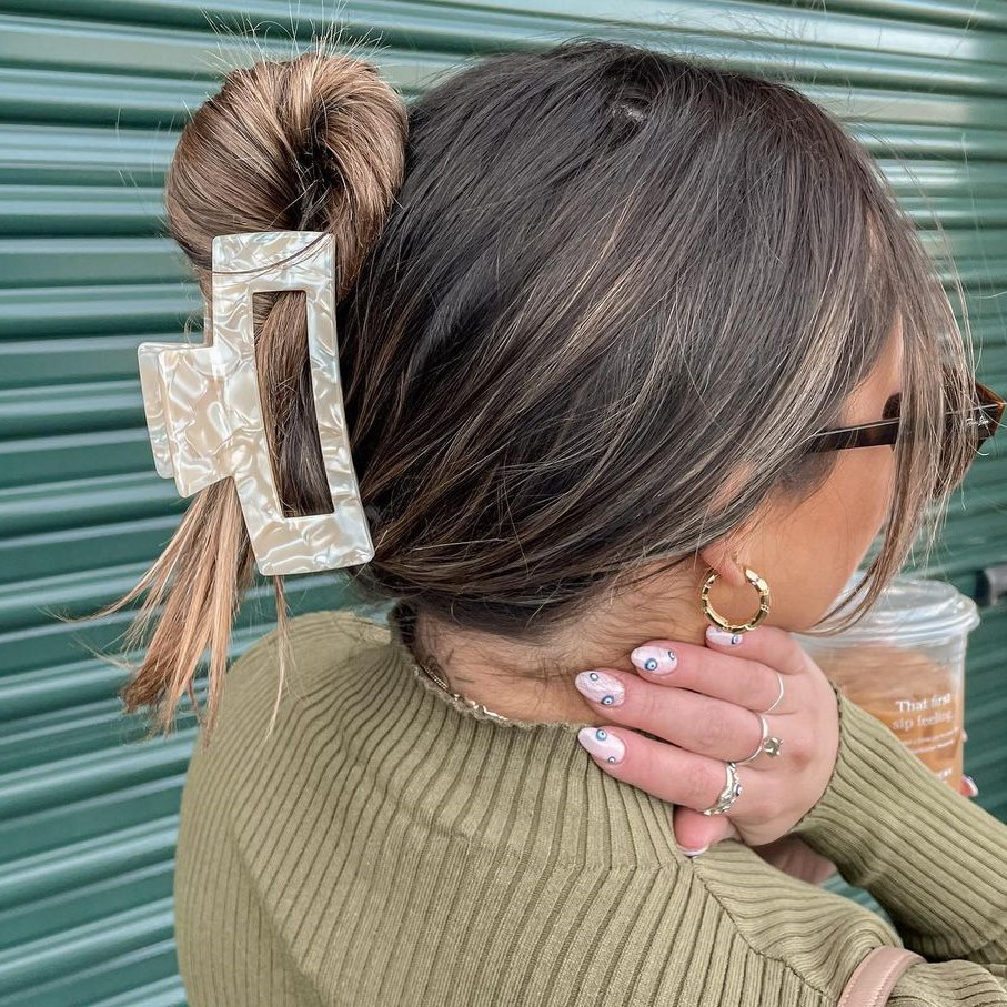 Easy Updo with a Claw Clip