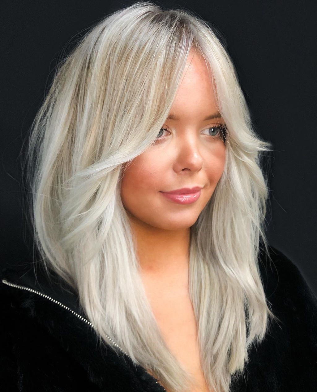 Medium Length Hair for Fuller Face and Double Chins