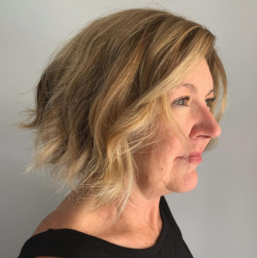 Hairstyle for Older Ladies with Double Chins