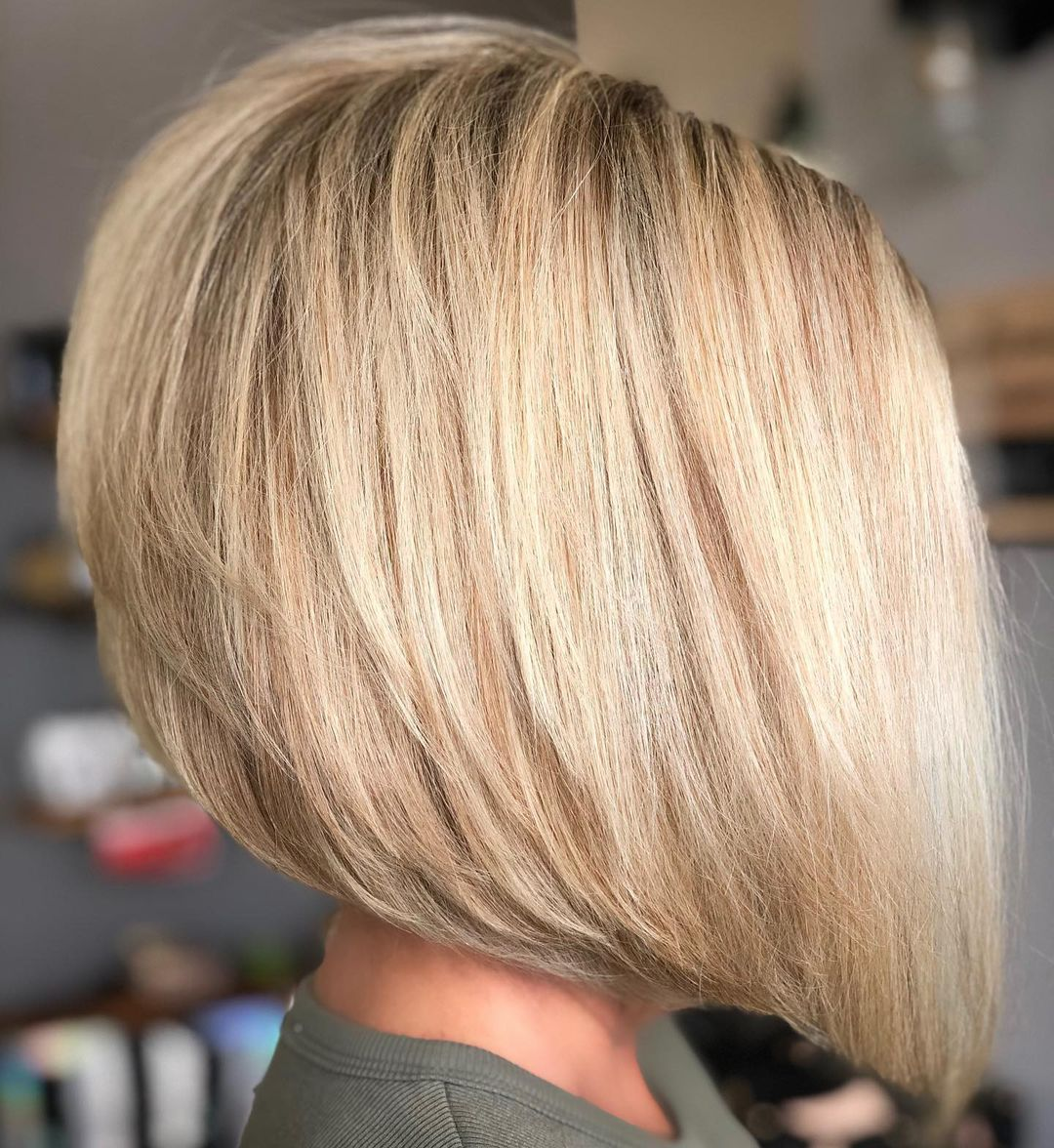 Perfect Reverse Bob Hairstyle