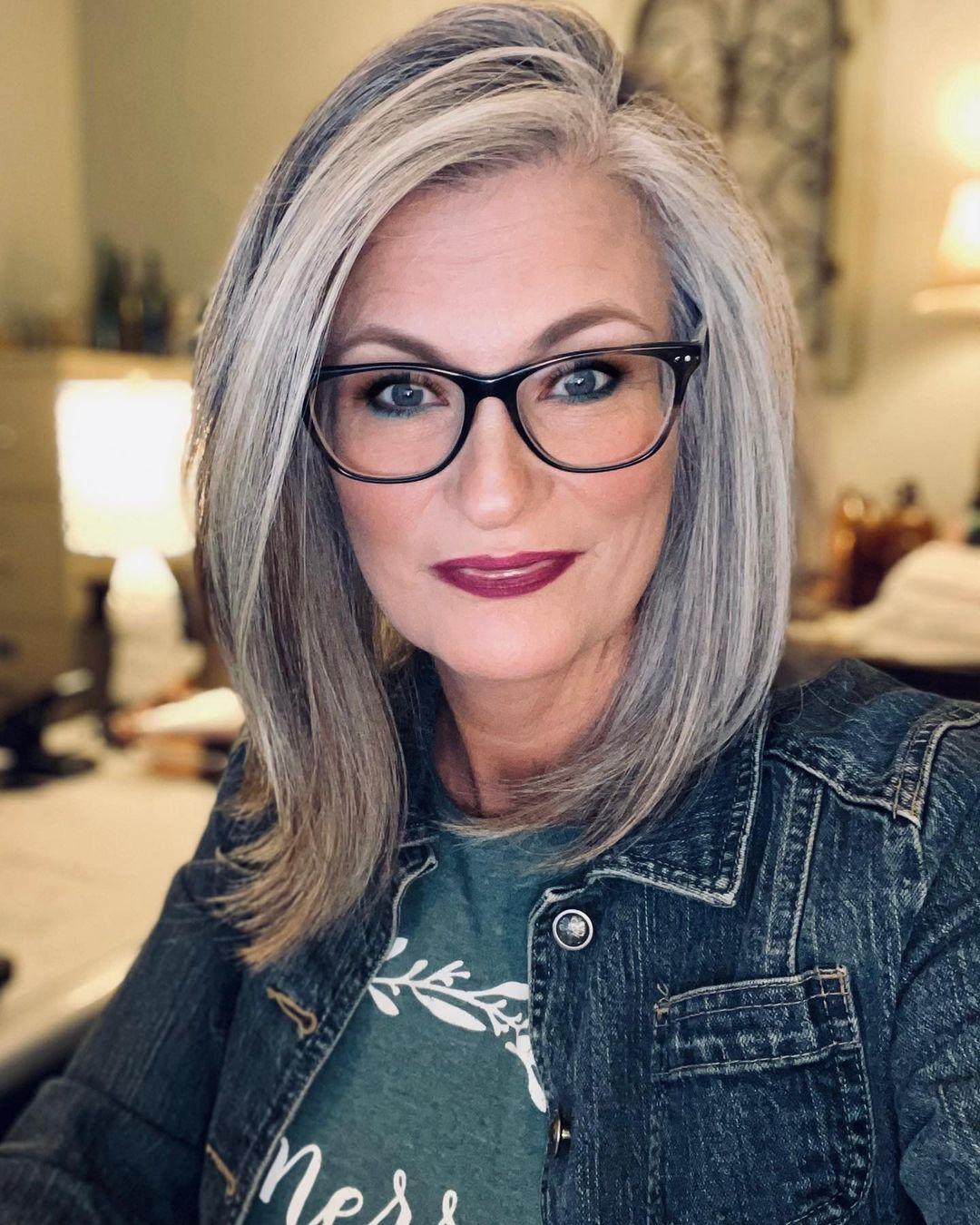 Shoulder-Length Gray Hair for Women Over 60