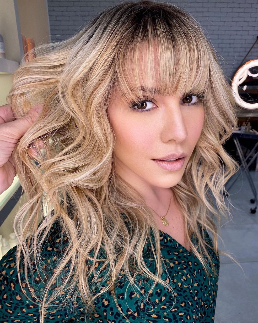 Shadow Roots and See-Through Bangs for Big Foreheads