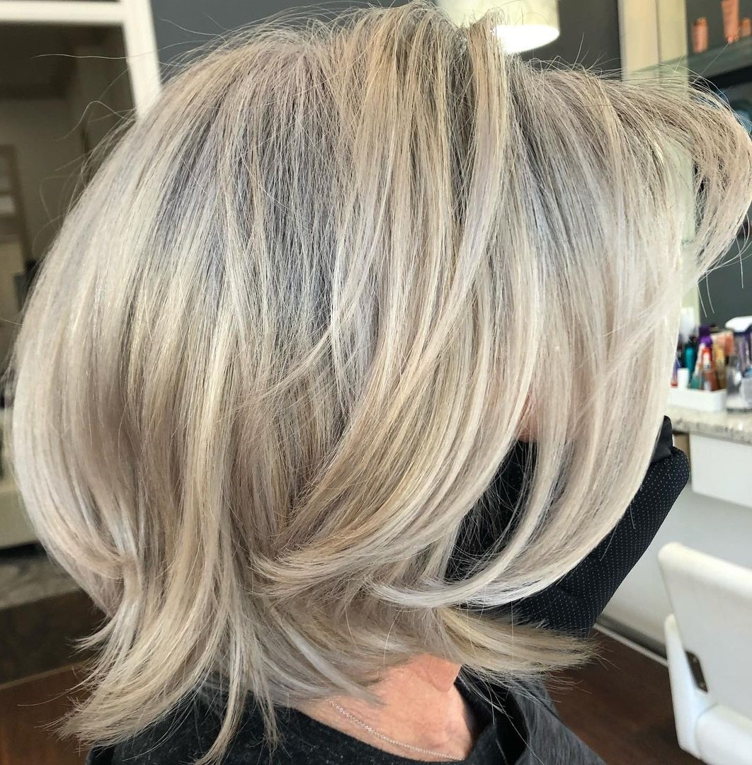 Ideas How to Blend Gray Hair with Highlights for Women