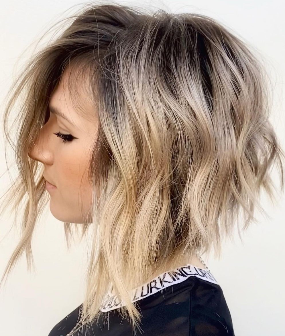Shadow Roots for a Blonde Lob