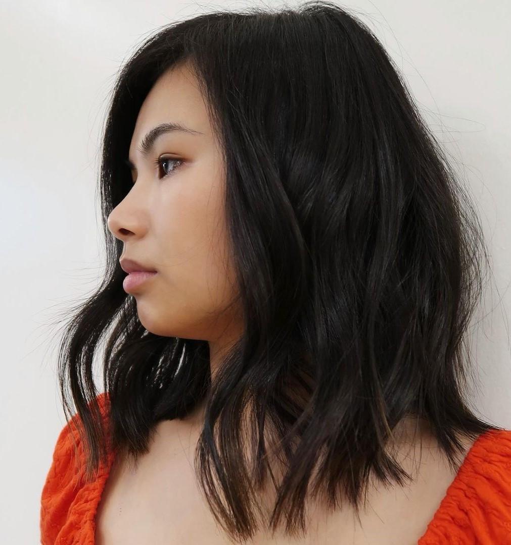 Female Asian Hairstyle for Medium Hair