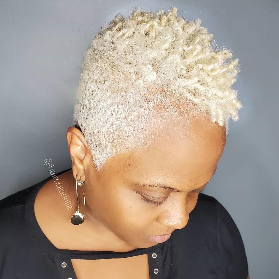 Short Blond Haircut for Coily Hair