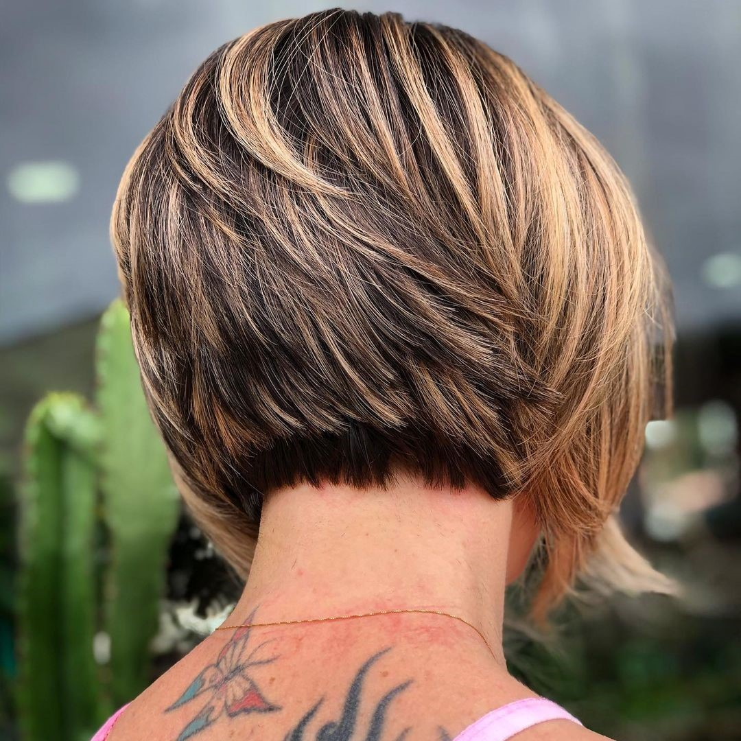 Pixie Bob with Chunky Blonde Highlights