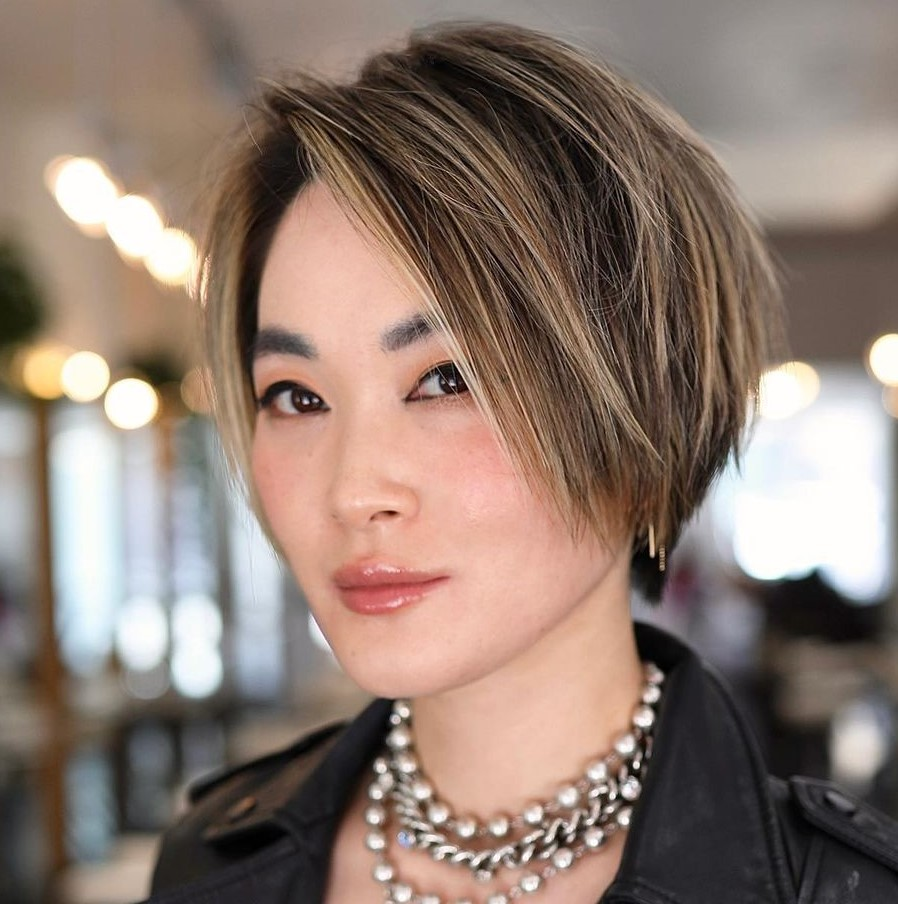 Straight Pixie Bob with Bronde Highlights