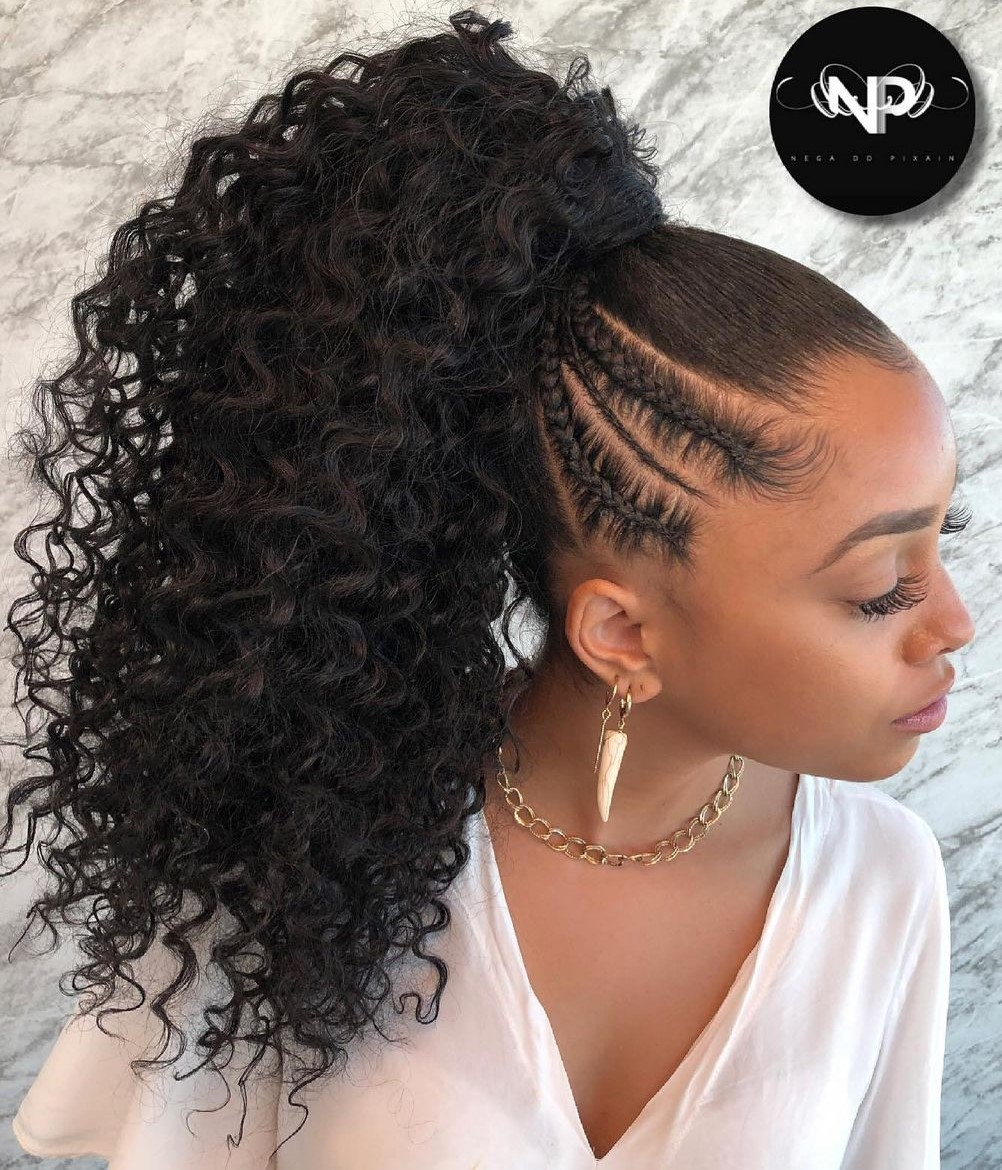 Ponytail Hairstyle with Bouncy Curls