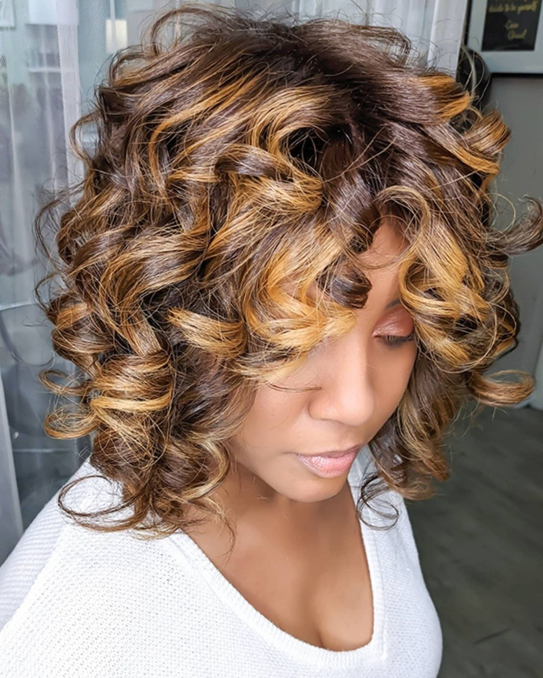 How to Make Naturally Curly Hair Shiny