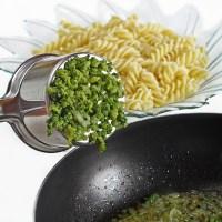 Brokolili Makarna tarifi