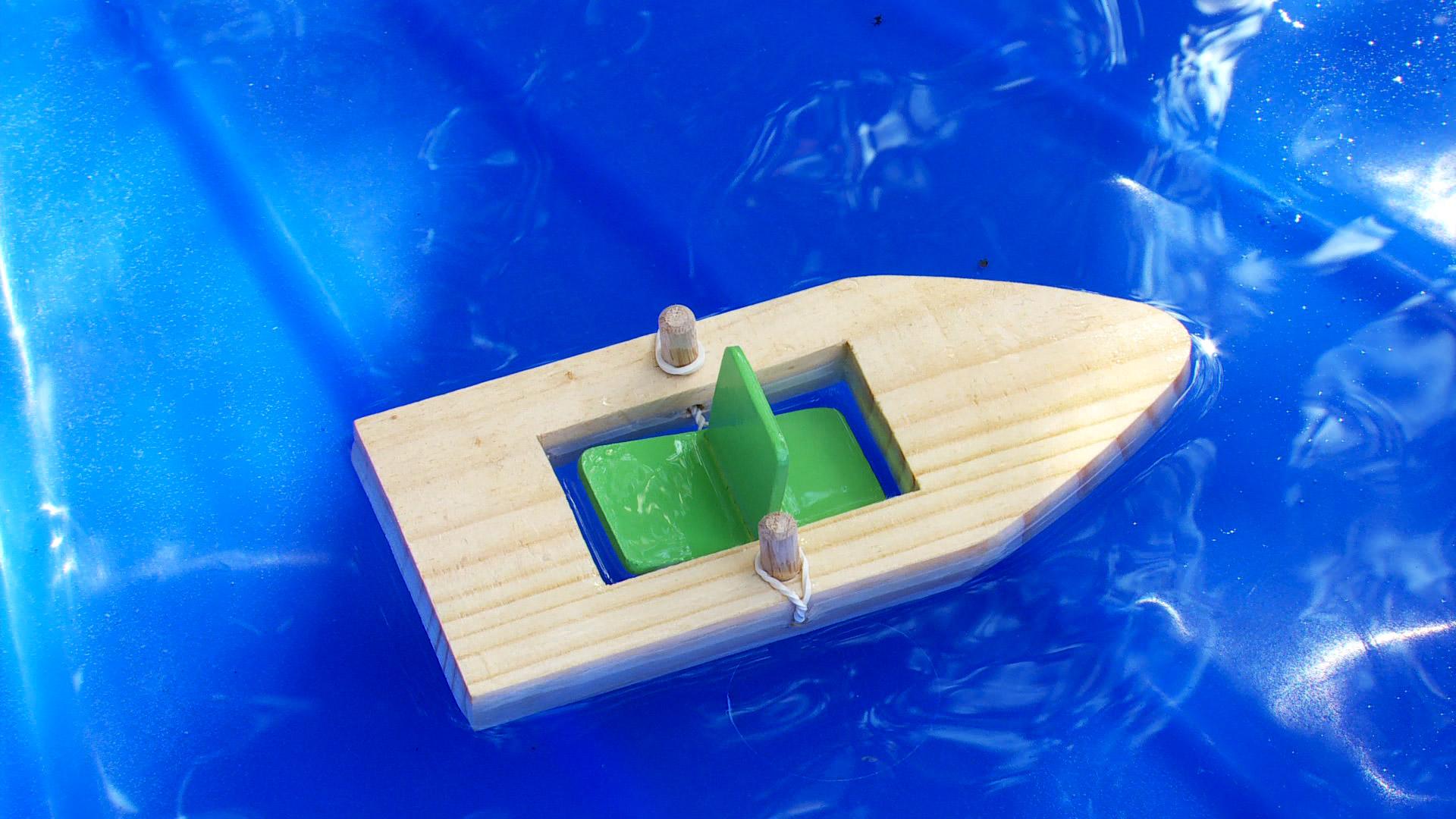 Hgalo Usted Mismo  Cmo hacer un bote de juguete
