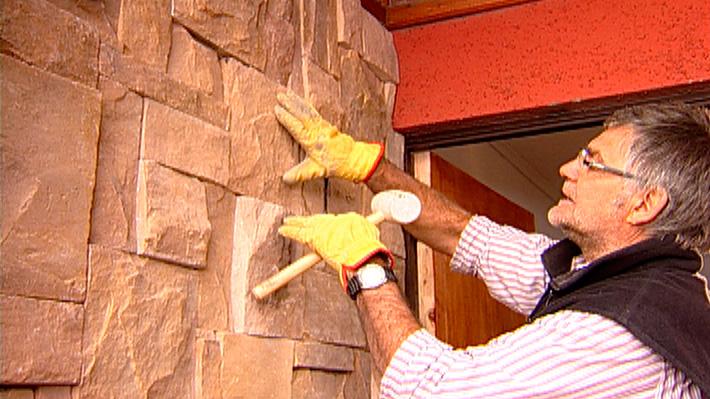 Hgalo Usted Mismo  Cmo instalar revestimiento de piedra