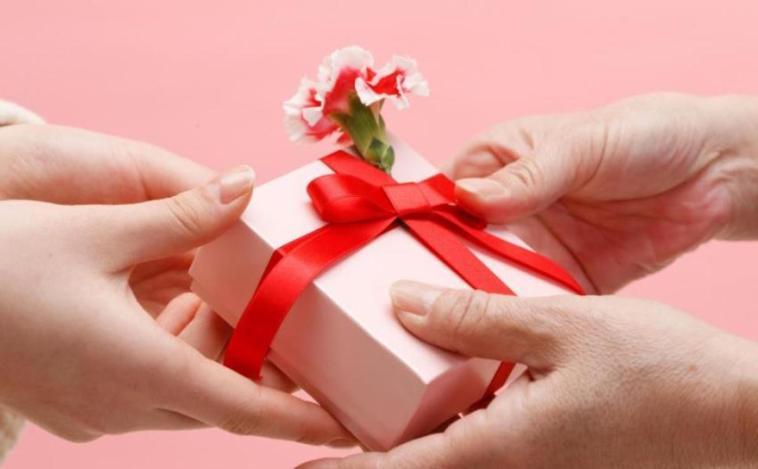 7 Kado Valentine istimewa untuk pacar, yang terakhir idaman cewek banget!