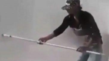 Video viral! Aksi pekerja di gedung tinggi tanpa alat pengaman ini bikin lutut gemetaran