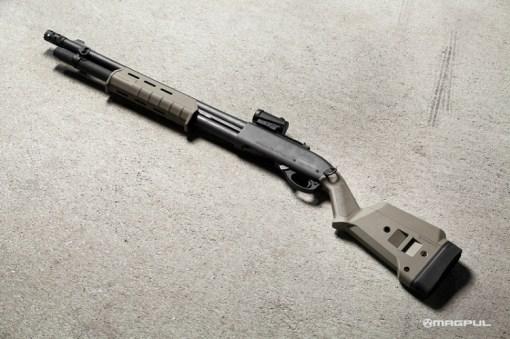 Magpul SGA Stock _ Remington 870 Shotgun - FDE