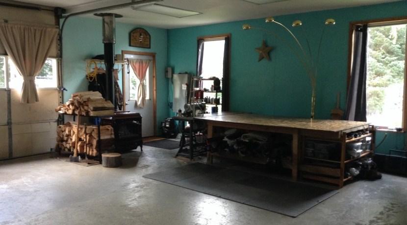 Garage shop spot