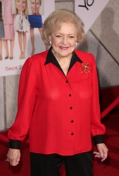 betty white s hairstyle scoops customized bouffant with petal curls hairboutique blog